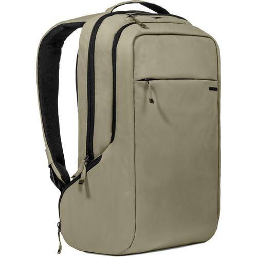 Incase Designs Corp ICON Slim Pack (Moss Green / Black) CL55557