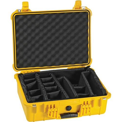 Pelican 1524 Waterproof 1520 Case with Padded 1520-004-110