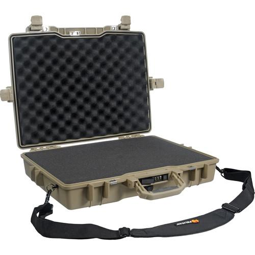 Pelican 1495 Laptop Computer Case with Foam 1495-000-190