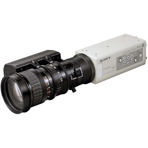 Sony DXC-390 1/3-Inch 3-CCD Color Video Camera with 800 DXC390