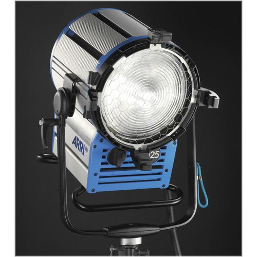 Arri True Blue D25 HMI 2500W Fresnel Head L1.33670.A