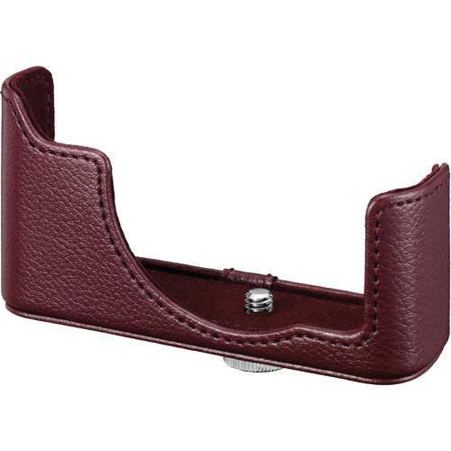 Nikon  CB-N2200 Body Case (Wine Red) 3735