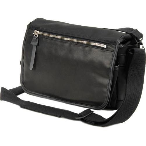 Artisan & Artist GCAM-7200 Camera Bag (Black) AAGCAM7200BLK