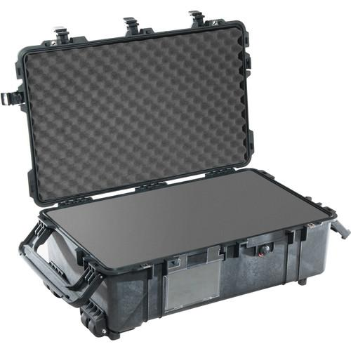 Pelican  1670 Case with Foam (Black) 1670-000-110