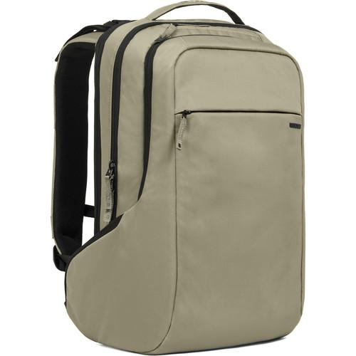 Incase Designs Corp ICON Pack (Moss Green / Black) CL55556