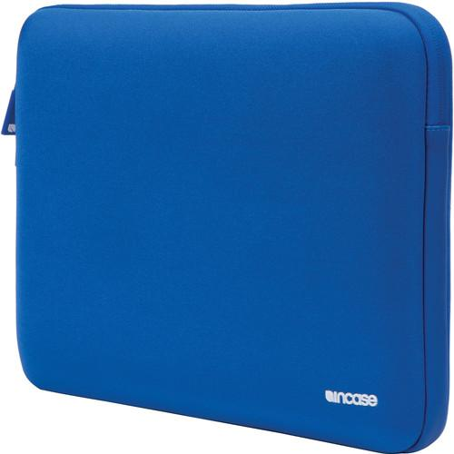 Incase Designs Corp Neoprene Classic Sleeve V2 CL60570