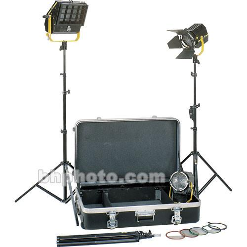 DeSisti Magis Fresnel and Wyeth Soft 3-Light Kit LKF3