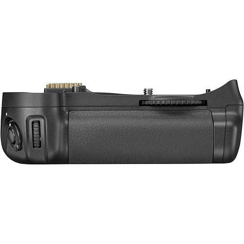 Nikon  MB-D10 Multi-Power Battery Grip 25359